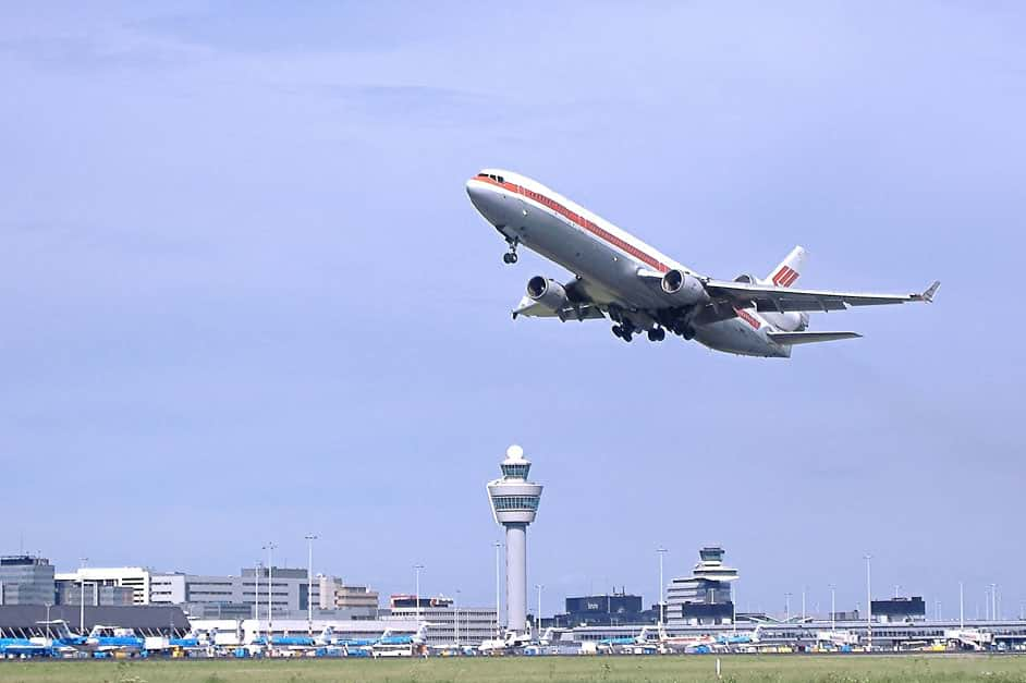 Limos4 Amsterdam Airport Schiphol